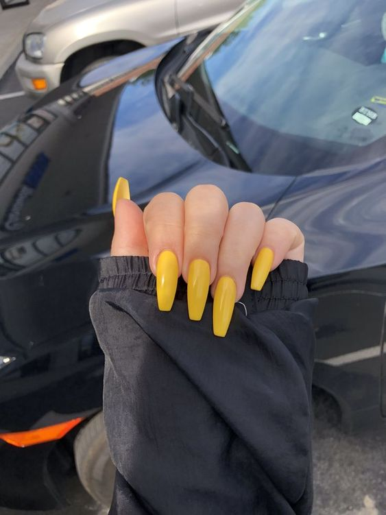long yellow coffin gel nails