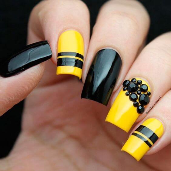 yellow and black nail designs