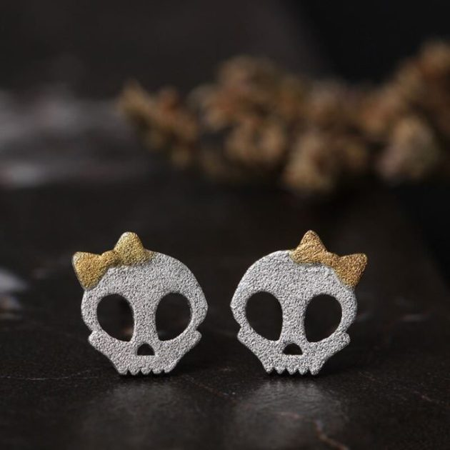 cute skull stud earring