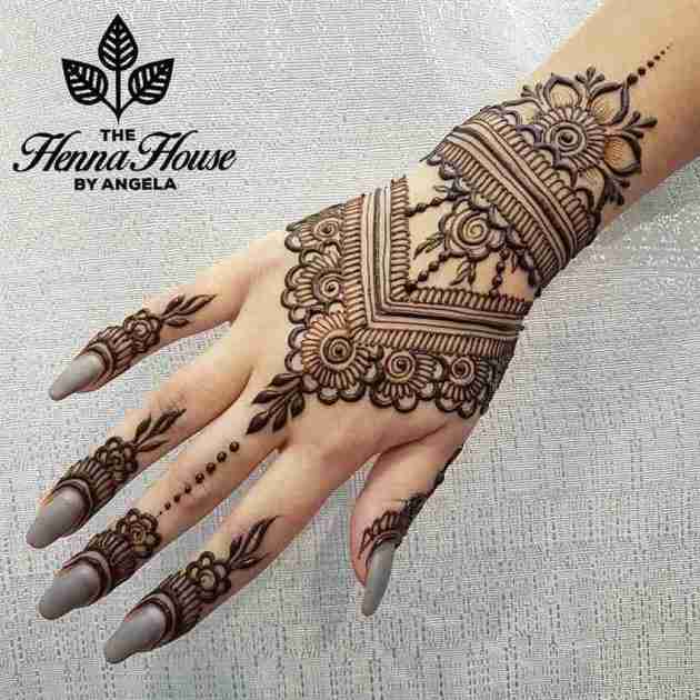 flower henna pattern bracelet design