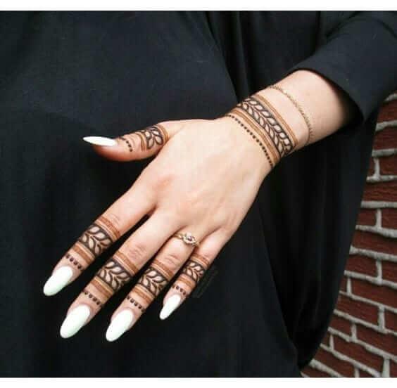 leafs bracelet mehndi design