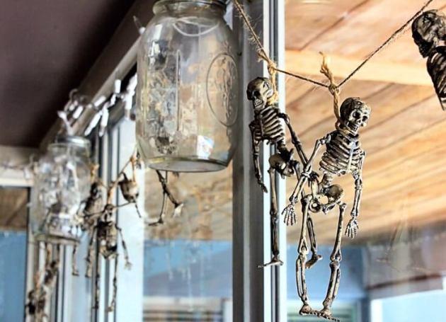 skeleton garland decoration ideas for halloween