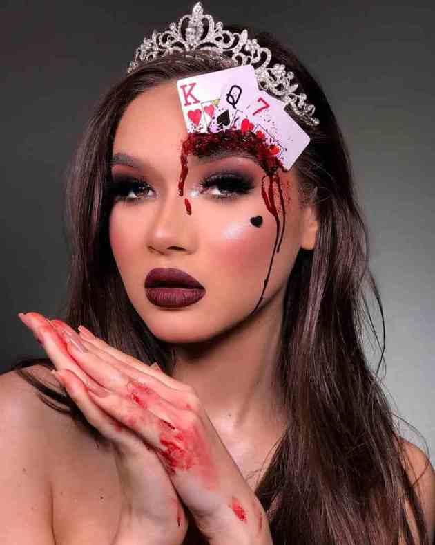 diy creepy playing cards makeup idea