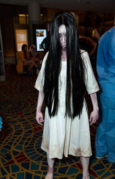 scary diy samara morgan The Ring halloween costume idea