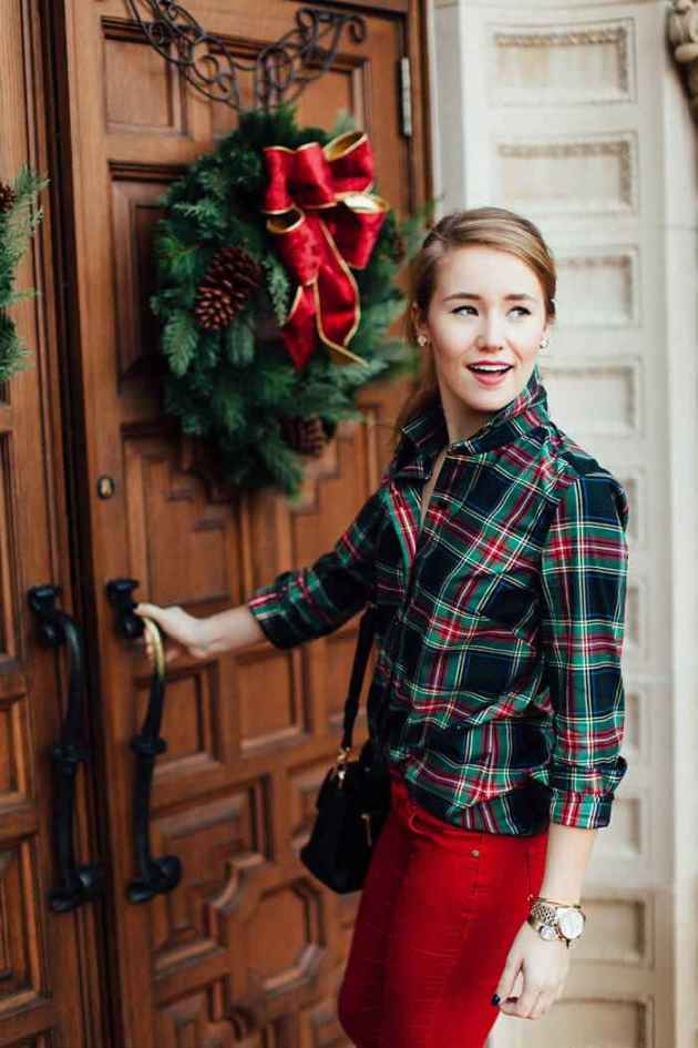 casual plaid christmas shirt outfit ideas for females