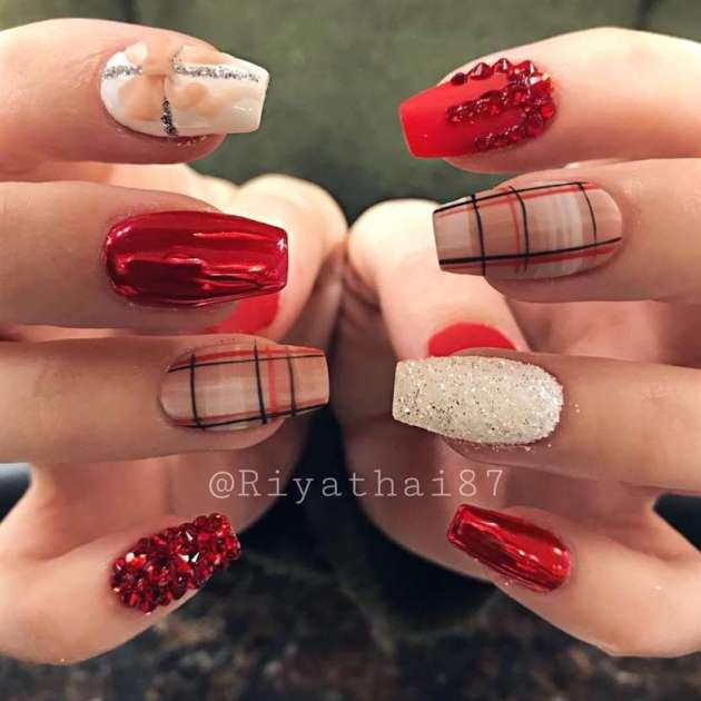 festive acrylic coffin christmas nails