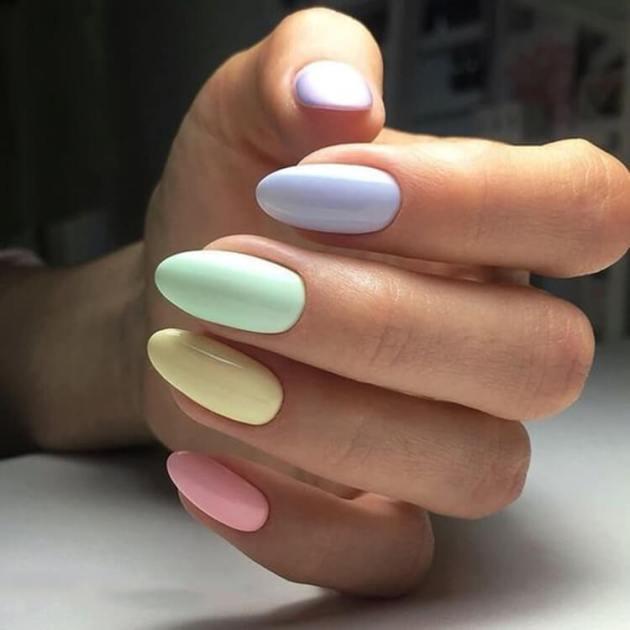 light rainbow color birthday nails ideas
