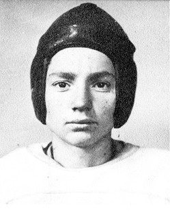 Willie Nelson childhood photo one at pinterest.com