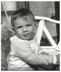 Gianluigi Buffon Kindheitsoto eins bei footballplayerschildhoodpics.blogspot.in