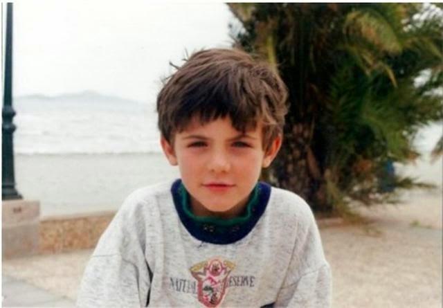 Juan Mata kindertijd foto een via footballplayerschildhoodpics.blogspot.in