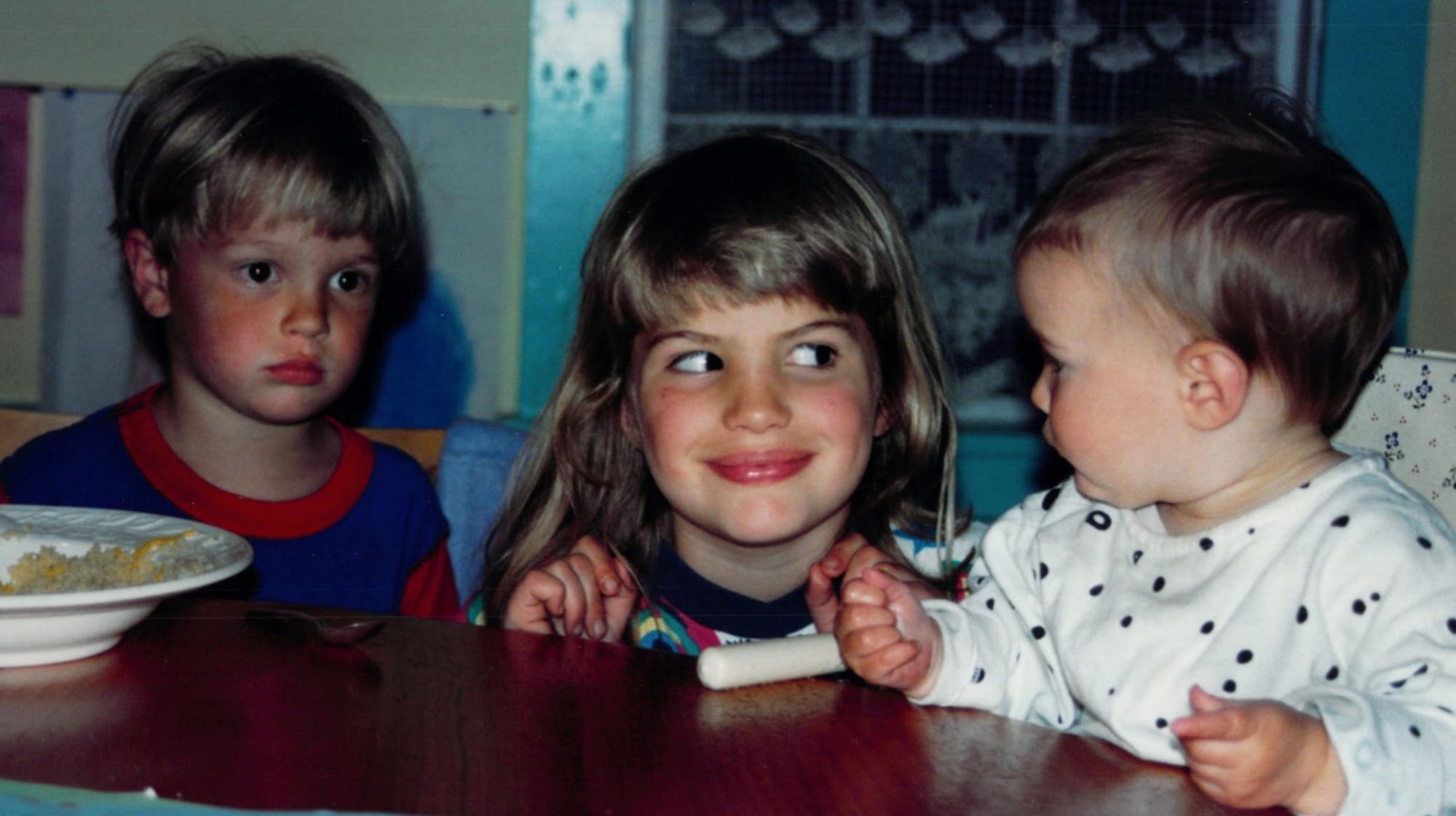 Cameron Russell, foto de infancia uno en rabotapromo.ru