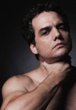 Wagner Moura younger photo one at pinterest.com