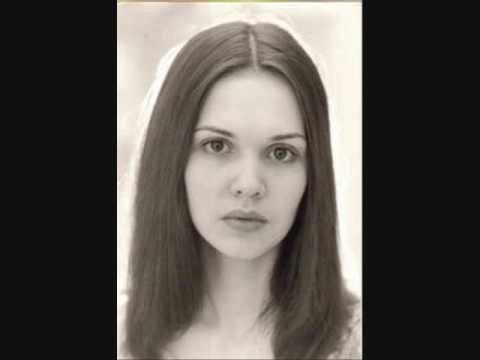 Anne-marie David jongere foto een via youtube.com