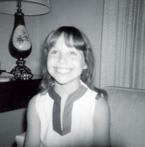 Katie Couric kindertijd foto een via tinseltownmom.com