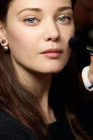 Diana Moldovan - a modele a celebridade linda, fofa, de origem romena em 2020