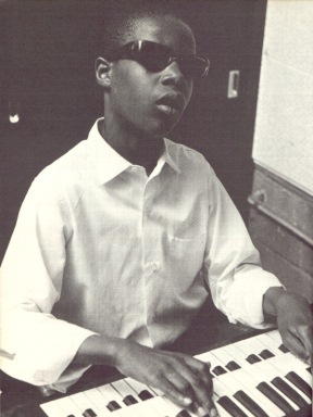 Stevie Wonder childhood photo one at Pinterest.com