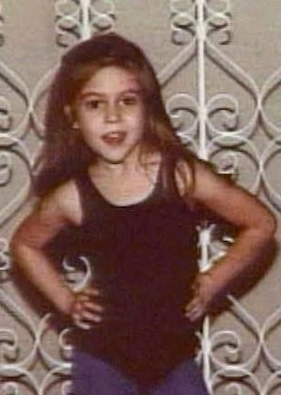 Alyssa Milano childhood photo one at pinterest.com