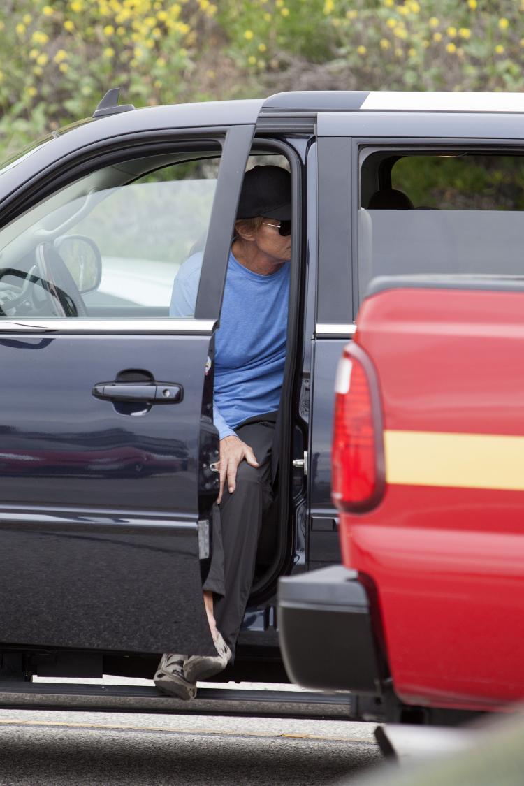 Bruce Jenner involved in car crash in LA