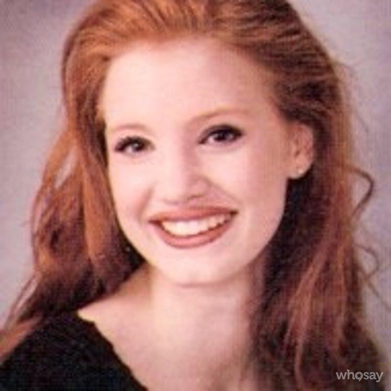 Jessica Chastain, foto de anuário um at eonline.com em eonline.com