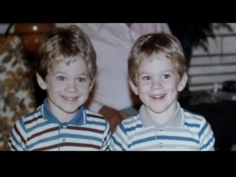 Aaron Ashmore, foto de infância um em pinterest.com
