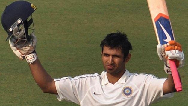 Abhishek Nayar , foto mais antiga um em cricketcountry.com