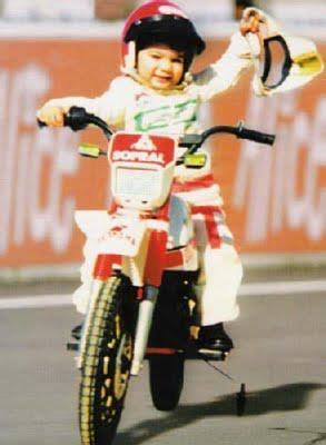 Dani Pedrosa childhood photo two at Twitter.com