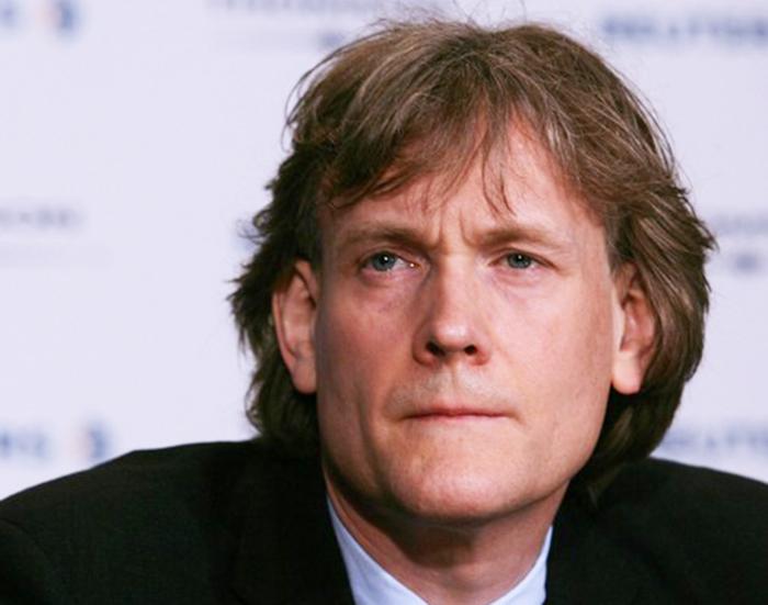 David Thomson - de coole, enigmatische, mysterieuze, charmante en knappe bekendheid met Engelse roots in 2020