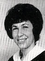Rhea Perlman jaarboek foto een via Classmates.com at Classmates.com