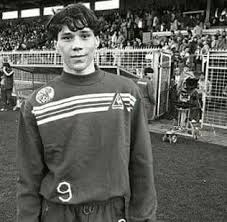 Marco Van Basten childhood photo one at Twitter.com