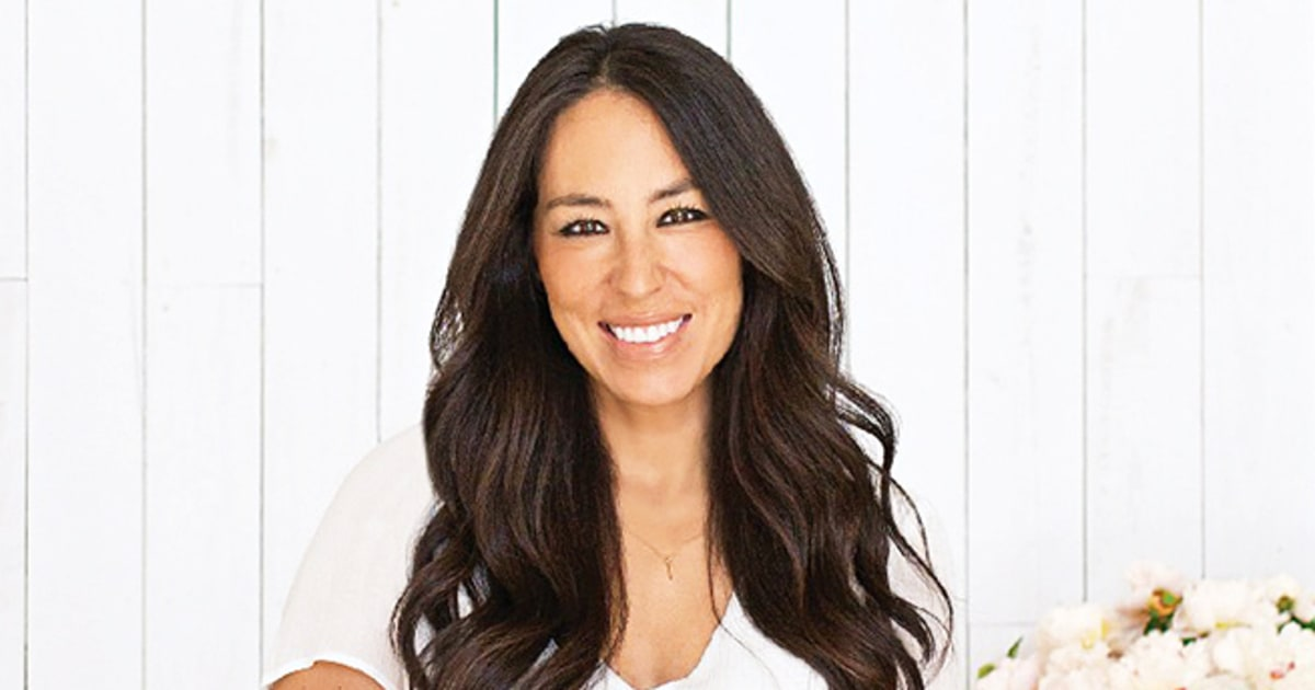 Joanna Gaines - the hot, beautiful, passionate, tv-personality with German, Lebanese, South-Korean, roots in 2021