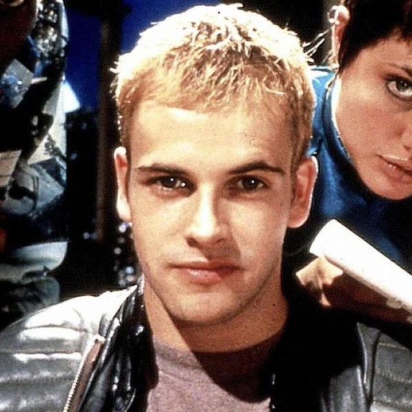 Jonny Lee Miller Wiki: Young, Photos, Ethnicity & Gay or ...