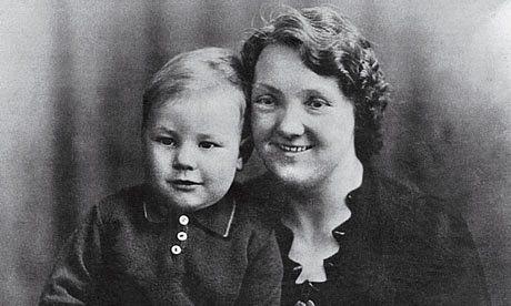 Patrick Stewart, foto de infância um em theguardian.com