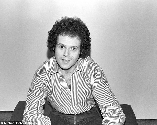 Richard Simmons , foto mais antiga um em dailymail.co.uk