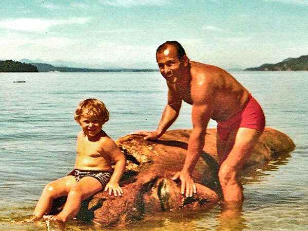 Will Sasso , foto mais antiga um em vancouverisawesome.com