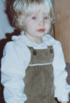 Emilie de Ravin, foto de infância um em Pinterest.com
