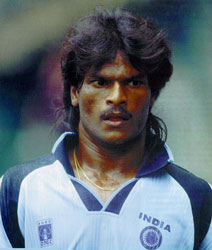 Dhanraj Pillay younger photo one at Bharatiyahockey.org