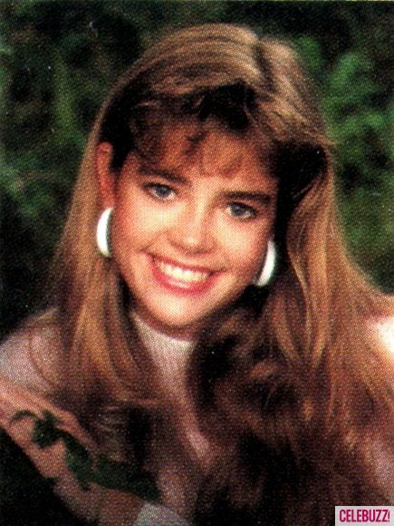 Denise Richards Jahrbuchfoto eins at Pinterest.com bei Pinterest.com