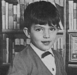 Antonio Banderas kindertijd foto drie via Pinterest.com