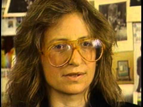 Annie Leibovitz photos plus jeunes un à Youtube.com