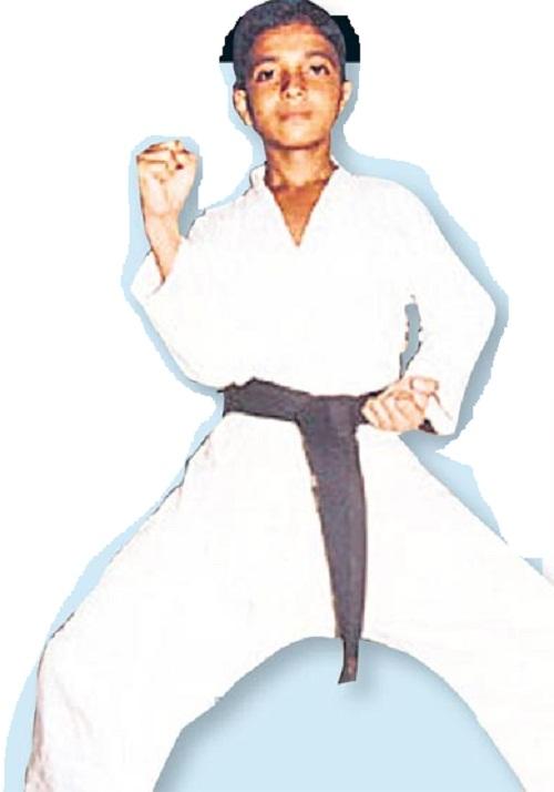 Ajinkya Rahane, foto de infância um em celebritykick.com