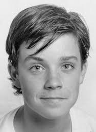 Robbie Williams childhood photo one at pinterest.com