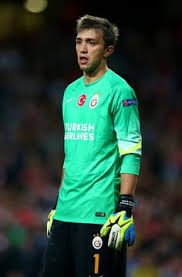 Fernando Muslera younger photo two at pinterest.com