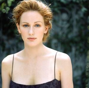 Allison Moorer , foto mais antiga dois em listal.com