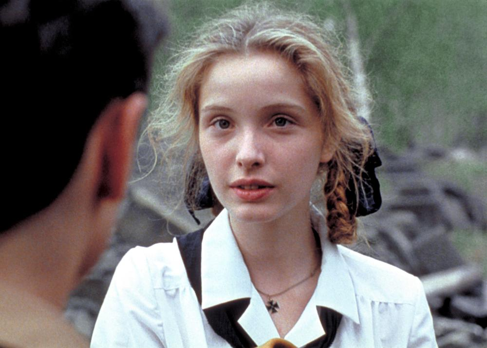 Julie Delpy younger photo one at filmmakherheard.wordpress.com