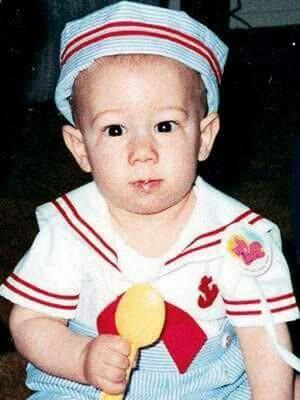 Nick Jonas kindertijd foto twee via Pinterest.com