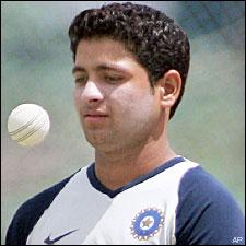 Piyush Chawla jongere foto een via Liveindia.com