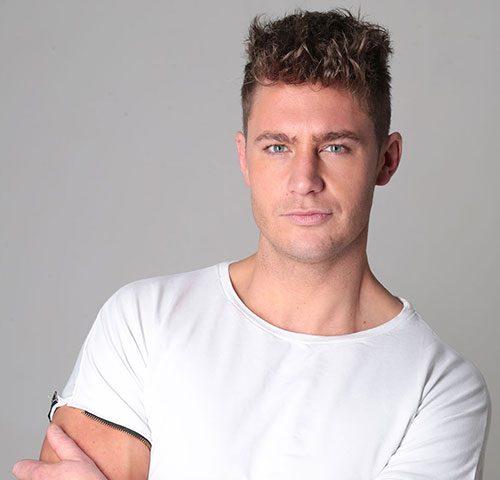 Scott Timlin - o a celebridade de origem inglesa em 2020