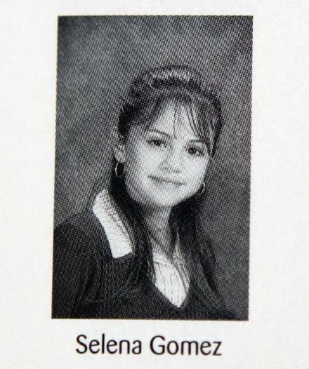 Selena Gomez jaarboek foto een via oceanupped.wordpress.com at oceanupped.wordpress.com