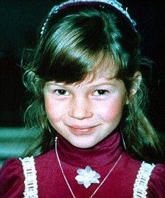 Kate Moss, foto de infância um em Pinterest.com