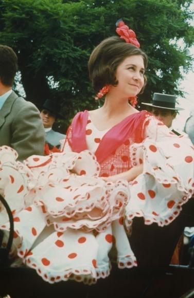 feria-de-abril-vestido-de-flamenca-reina-sofia.jpg